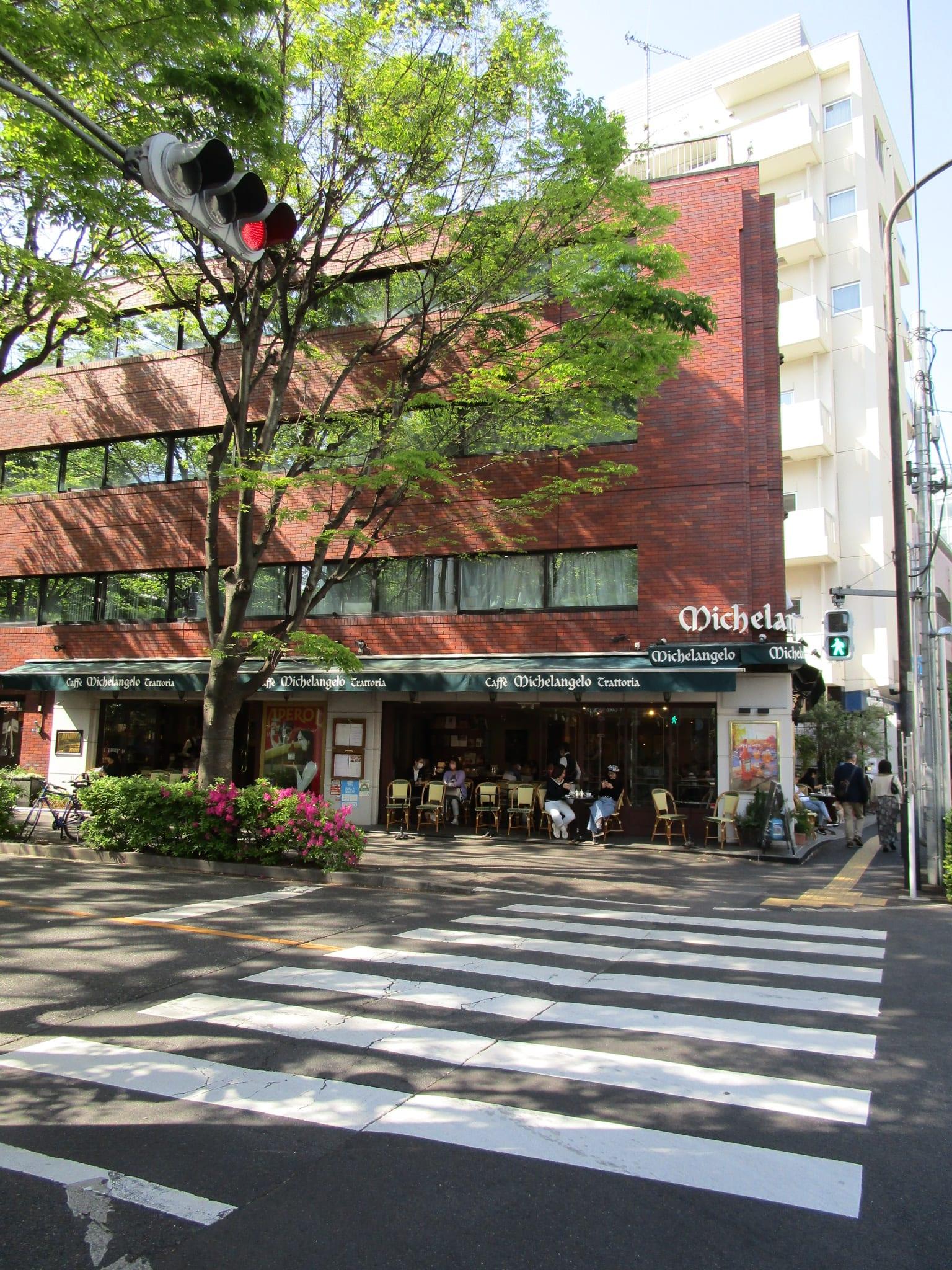広尾駅駅前(周辺)
